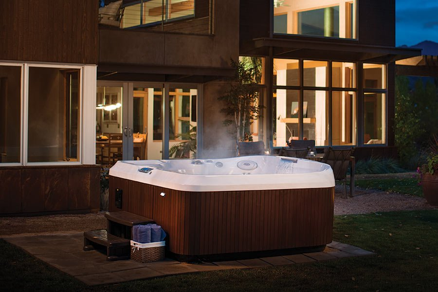 Jacuzzi Hot Tubs For Sale Surrey | Vancouver | Fraser Valley